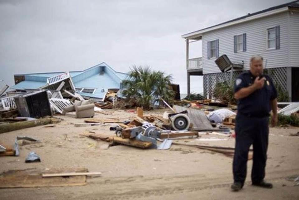 hurricane-matthew-10-16-03